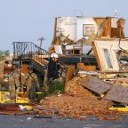 2 killed, dozens injured by Oklahoma tornadoes