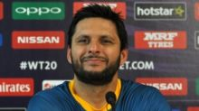 Afridi Feels Harbhajan & Yuvraj Are 'Majboor' to React Against Him