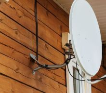 The Returns On Capital At DISH Network (NASDAQ:DISH) Don't Inspire Confidence