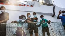 Italy acts to reduce migrant overcrowding on Lampedusa