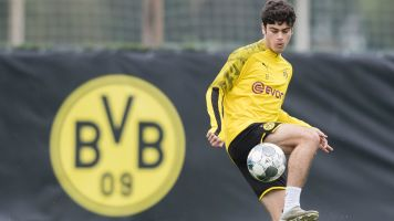 U.S. prodigy Reyna in great situation at Dortmund