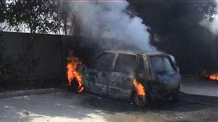 Scuffle in Noida, angry mob torches vehicle
