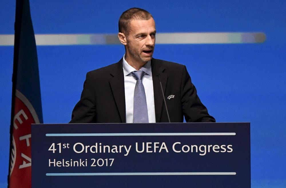 """L'UEFA """"ne cédera jamais"""" sur la Super Ligue fermée"""