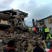 Earthquake in Italy leaves at least 120 dead
