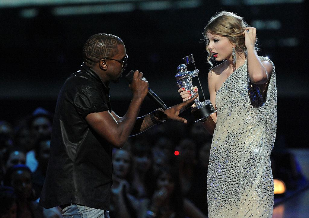 Taylor Swift and Kanye West: A timeline of the feud that began at the 2009 MTV VMAs - Yahoo Entertainment