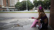 Crisis empuja a jóvenes a la prostitución en Venezuela