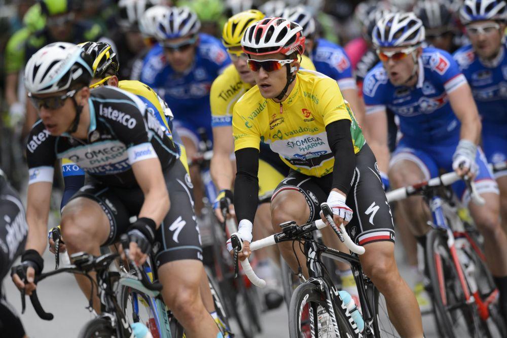 Albasini wins snow-affected Tour of Romandie stage