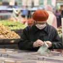 Poor seniors face benefit cliff when pandemic-era food aid expires