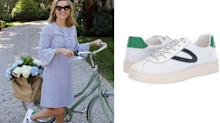 Reese Witherspoon puts a fashion-forward spin on the white sneaker with her latest look