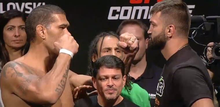 UFC Fight Night 51 Weigh-in Re...