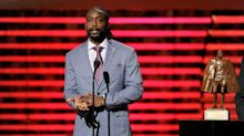Former Bears CB Charles Tillman reportedly training to join FBI