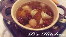 紅棗桂圓燉桃膠