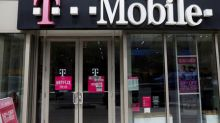 T Mobile, Sprint face new FCC questions on tie-up