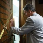 Manchin proposes compromise on voting bills ahead of crucial Senate vote