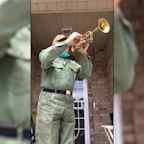 Queens veteran plays 'Taps' to pay tribute to lives lost during COVID-19 pandemic