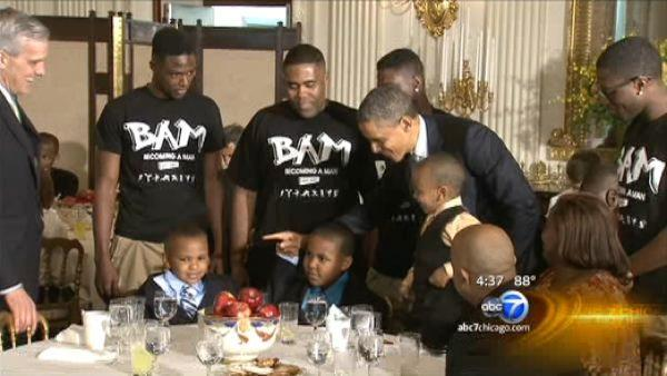Hyde Park Career Academy students meet with President Obama