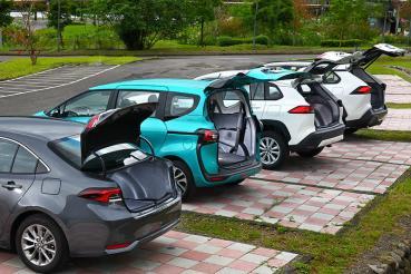 選擇困難T牌鐵粉看過來!後Corolla Cross時代家用Toyota究竟該怎麼選?(空間)