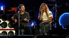Global Citizen Fest 2015: Beyoncé& Ed Sheeran Do 'Drunk in Love,' Ariana & Coldplay Duet & More