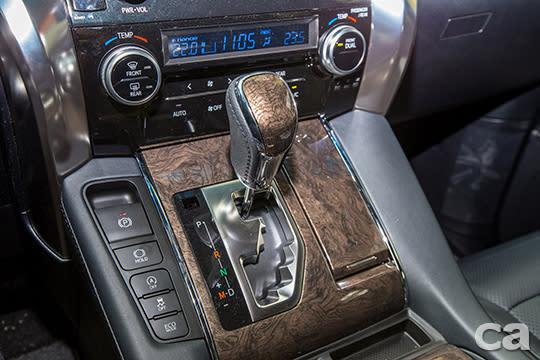 搭配八速手自排變速箱的3.5L V6汽油引擎動力,隨時提供充沛且線性的動力輸出。