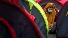 Covid-19: le gouvernement veut accélérer la vaccination des demandeurs d'asile et réfugiés précaires