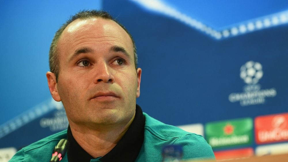 Barcelona's Iniesta out of Catalan derby due to injury