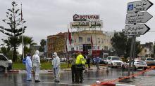 """Tunisie: un gendarme tué dans une attaque """"terroriste"""", trois assaillants abattus"""