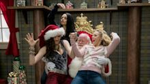 'Bad Moms Christmas' First Red-Band Trailer (NSFW): Mila Kunis, Kathryn Hahn, Kristen Bell Rebel Against the Holidays