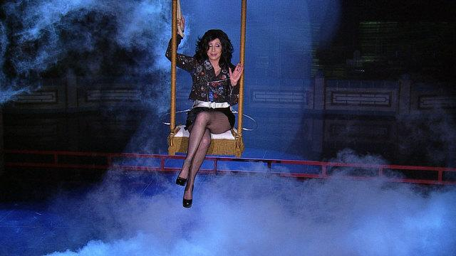 David Letterman - Cher's Spectacular Entrance