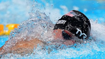 Katie Ledecky fails to medal in 200 freestyle