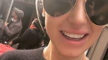 Mulher afirma ter usado cola de cílios para consertar dente quebrado