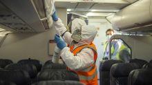 Corona-Ansteckung: Fliegen ist nicht gefährlicher als Einkaufen