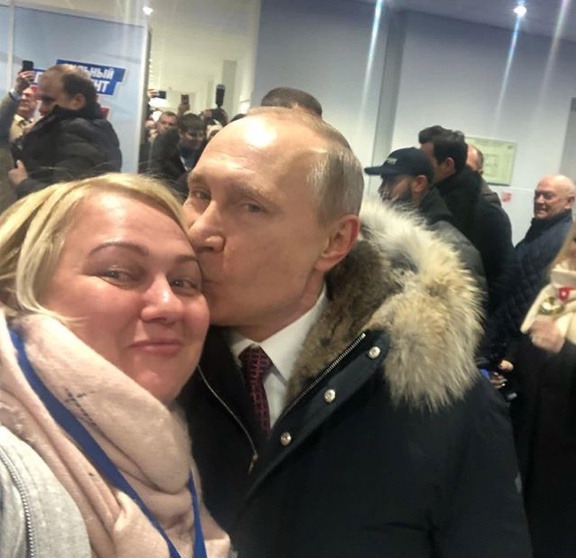 Кого целует Путин? Тайна раскрыта   Карельские вести
