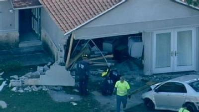 Teen Leads FHP On 120 MPH Chase, Crashes Into House