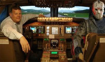 Australian continues to hone $300,000 flight simulator