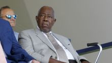 No, Hank Aaron didn't die from the COVID-19 vaccine