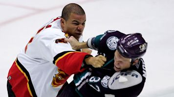 Flames expected to send Iginla's No. 12 to rafters