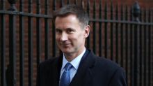 Jeremy Hunt sides with Cabinet Brexiteers on open-ended customs union