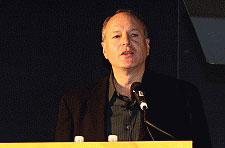 Lowenstein to leave ESA in early 2007