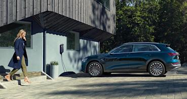 Audi e-Tron 2021 年車載充電器升級 22 kW,方向盤功能同步強化觸控監控機能
