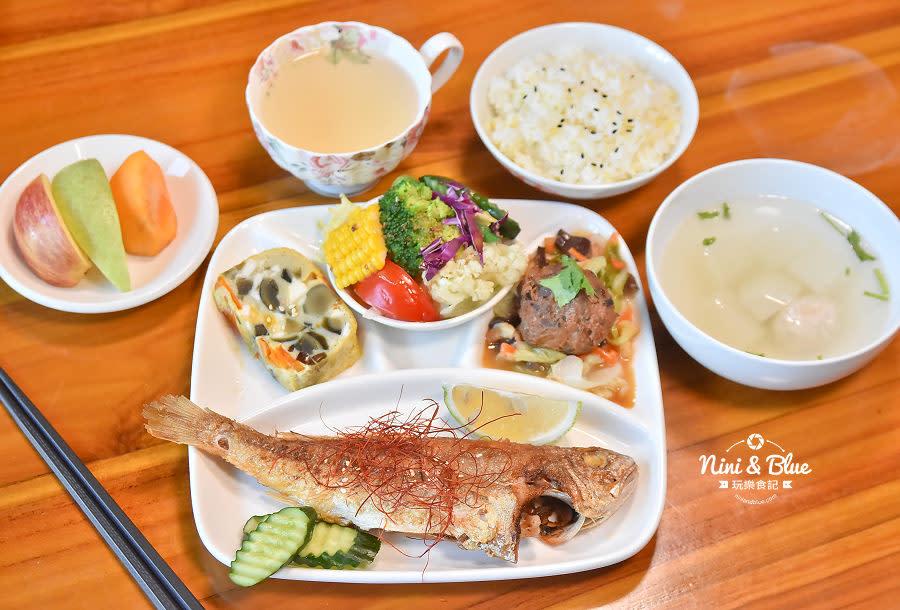 東麗風店 茶花 咖啡 台中咖啡館13