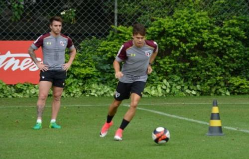 Buffarini e Araruna treinam e ficam perto de volta ao São Paulo