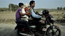 "Meet Karimul Haque, West Bengal's ""Bike Ambulance Dada"" & a Padma Shri"