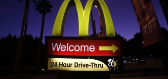 McDonald's employee quits drive-through, leaves sign
