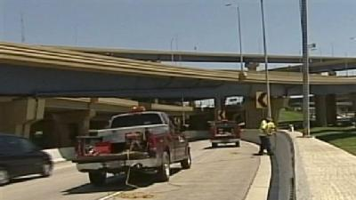 DOT Installs News Safety System In Marquette Interchange