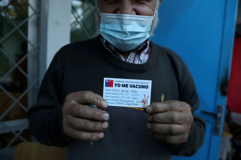 Analysis-Chile's COVID-19 vaccine drive shifts to second doses over protection, supply concerns