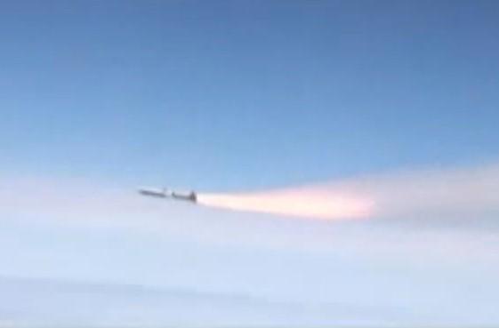 X-51A WaveRider scramjet hits Mach 5, sets record for longest hypersonic flight