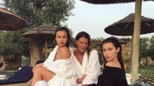 Bella Hadid e Irina Shayk, prova costume sotto il sole della Puglia
