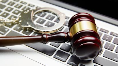 Influencer pagará caro su intento de robar dominio de Internet a punta de pistola