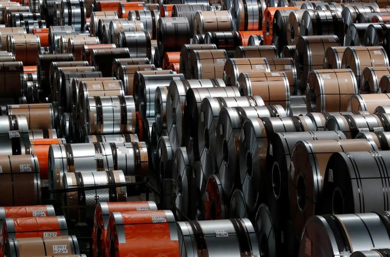 ArcelorMittal slips to third-quarter net loss, sees U.S. steel downturn, worse in Europe