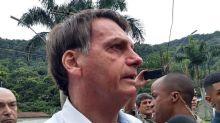 Bolsonaro afirma estar chateado com notícias que vinculam sua família ao assassinato de Marielle